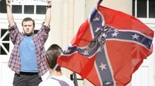Confederate flag supporters and members of the International Keystone Knights oppose an NAACP rally at Ole Miss. The NAACP sponsored the rally in an effort to remove the Mississippi state flag from the campus. (Credit: The Daily Mississippian)