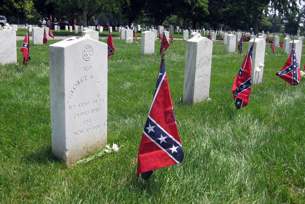 Feds Fight Civil War Flag Battle